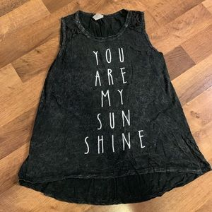 Graphic Tank top (s)